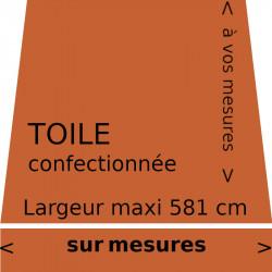 Toile unie couleur safran (RAL 2010) et son lambrequin de forme droite. Personnalisés à vos mesures.