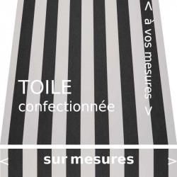 Toile rayée classique noire et écrue. Rayures de largeur égale. Avec lambrequin de forme : droit